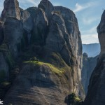 A fertile patch of green on the cliffs of Meteora